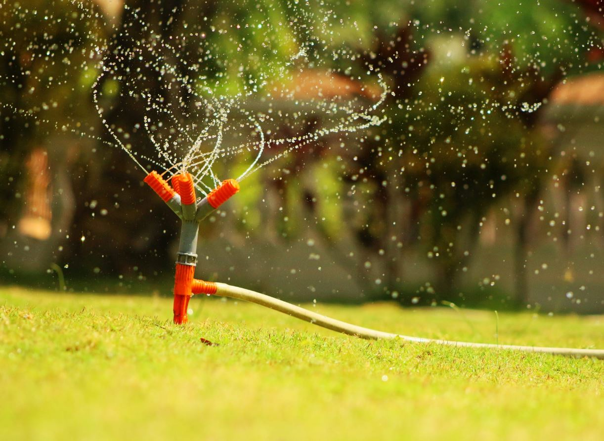 The 8 Best Smart Sprinkler Irrigation Systems and Controllers ...